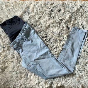 Light wash maternity skinny jeans